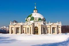 Paviljonggrotta i Kuskovo arkivbild
