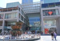 PAVILJONGshoppinggalleria Kuala Lumpur Arkivfoton