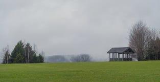 Pavillion на холме стоковое фото