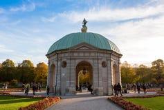 Pavillion на Hofgarten в полдень внутри стоковые фото