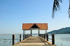 Pavillion auf dem Strand Lizenzfreie Stockfotografie