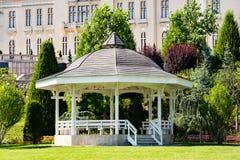 Pavillion em Iasi, Romênia do parque de Palas Foto de Stock Royalty Free