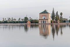 Pavillion en los jardines de Menara en Marrakesh, Marruecos Fotos de archivo libres de regalías