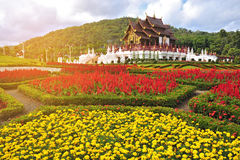 Pavillion real bonito no MAI de Chaing, Tailândia Estilo do vintage imagem de stock