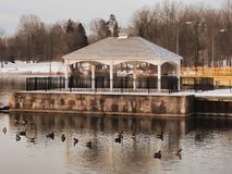 Pavillion sul fiume di Oswego fotografia stock