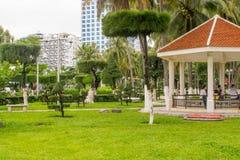 Pavillon à un parc à la station de vacances de Nha Trang, Vietnam Image libre de droits