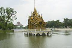 Pavillon d'Aisawan Dhipaya Asana à Coup-PA-dans le palais d'été photo libre de droits