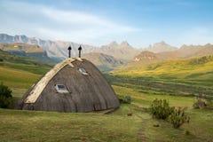 Pavillon dans les montagnes de Drakensberg Photos libres de droits