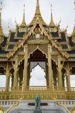 Pavillon de Borommangalanusarani dans le trône Hall, Ba d'Ananta Samakhom Photographie stock libre de droits