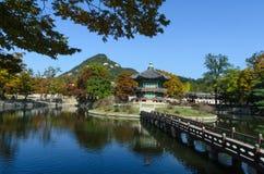 Pavillon de Hyangwonjeong, Séoul image stock