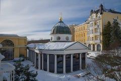 Pavillon de ressort croisé - Marianske Lazne Marienbad - République Tchèque image stock