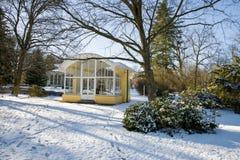 Pavillon de ressort d'eau minérale en hiver - Frantiskovy Lazne Franzensbad - République Tchèque image stock