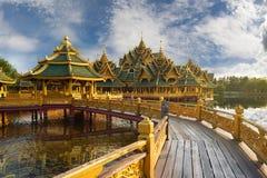 Pavillon des erleuchteten, alten Cityf Bangkok Stockfoto