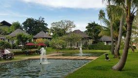 Pavillon et piscine thailand Photographie stock