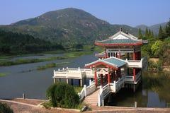 Pavillon sur l'eau Photo stock