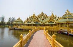Pavillon von erleuchtet im alte Stadt-Park, Muang Boran, Samut- Prakanprovinz, Thailand lizenzfreie stockfotos