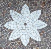 Pavimentación con las piedras del adoquín Foto de archivo libre de regalías