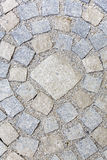 Pavimentar trabalha com pedras do granito imagens de stock royalty free