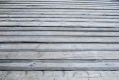 Pavimento all'aperto di legno grigio del terrazzo Fotografie Stock