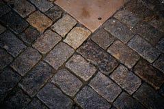 Pavimento antiguo del guijarro imagen de archivo