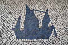 Pavimento de Calcada del portugués del estilo tradicional para el área peatonal en Macao, China imagen de archivo libre de regalías