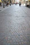 Pavimento de pedra através de Dante, Milão imagem de stock