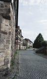 Pavimento del pueblo en Hannoversch Munden Imagenes de archivo