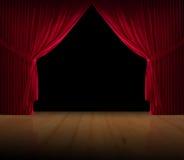 Pavimento di legno del courtain rosso del velluto Immagini Stock