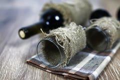 Pavimento di legno di vetro di vino Immagini Stock