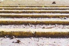 Pavimento do braile - superfície de pavimentação tátil perspective fotos de stock