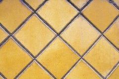 Pavimento luminoso di struttura di mosaico giallo Fotografia Stock Libera da Diritti