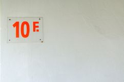 Pavimento numero 10 nell'edificio per uffici Fotografie Stock