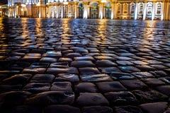 pavimento, quadrado, palácio, noite, cidade imagens de stock royalty free
