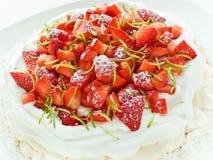pavlova草莓 库存图片