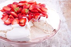 Pavlova cake Royalty Free Stock Images