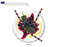 Pavlova Meringue Cake With Berries, New Zealand Dessert Stock Images