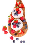 Pavlovas van het de zomerfruit Royalty-vrije Stock Foto