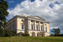 Pavlovsk宫殿, 18世纪,在Pavlovsk的俄国皇家住所在圣彼得堡,俄罗斯附近 库存图片