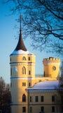 PAVLOVSK, ST 彼得斯堡,俄罗斯- 2018年2月21日:对Bip城堡的看法在一春天天 城堡在1795-179被修造了 免版税库存照片