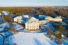 Pavlovsk παλάτι και πάρκο παλατιών, αεροφωτογραφία ημέρας Φεβρουαρίου pavlovsk Ρωσία στοκ εικόνα