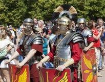 PAVLOVSK, RUSLAND - JULI 18, 2015: Foto van Vijfde Macedonisch Legioen (Legio V Macedonica) Royalty-vrije Stock Afbeeldingen