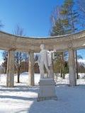 Pavlovsk, Russland Ein Fragment einer Kolonnade von Apollo am Wintertag stockfoto