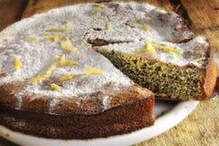 pavot appétissant de gâteau images libres de droits