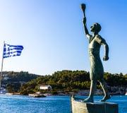 Paxos海岛,一位年轻战士的雕象 免版税图库摄影