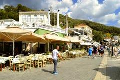 Paxos访问爱奥尼亚人s的港口游人希腊海岛 免版税库存图片