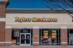 Payless heeft voor Hoofdstuk 11 Bescherming ingediend en slated geweest om alle opslag van de V.S. te sluiten stock foto