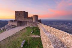 Paysage étonnant de château médiéval de Marvao au coucher du soleil Images stock
