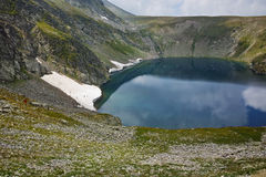 Paysage étonnant du lac eye, les sept lacs Rila Image libre de droits