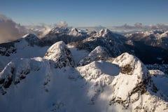 Paysage aérien de montagne autour de Vancouver image stock