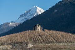 Paysage agricole sur les collines de la vallée d'Aoste, Italie Image stock